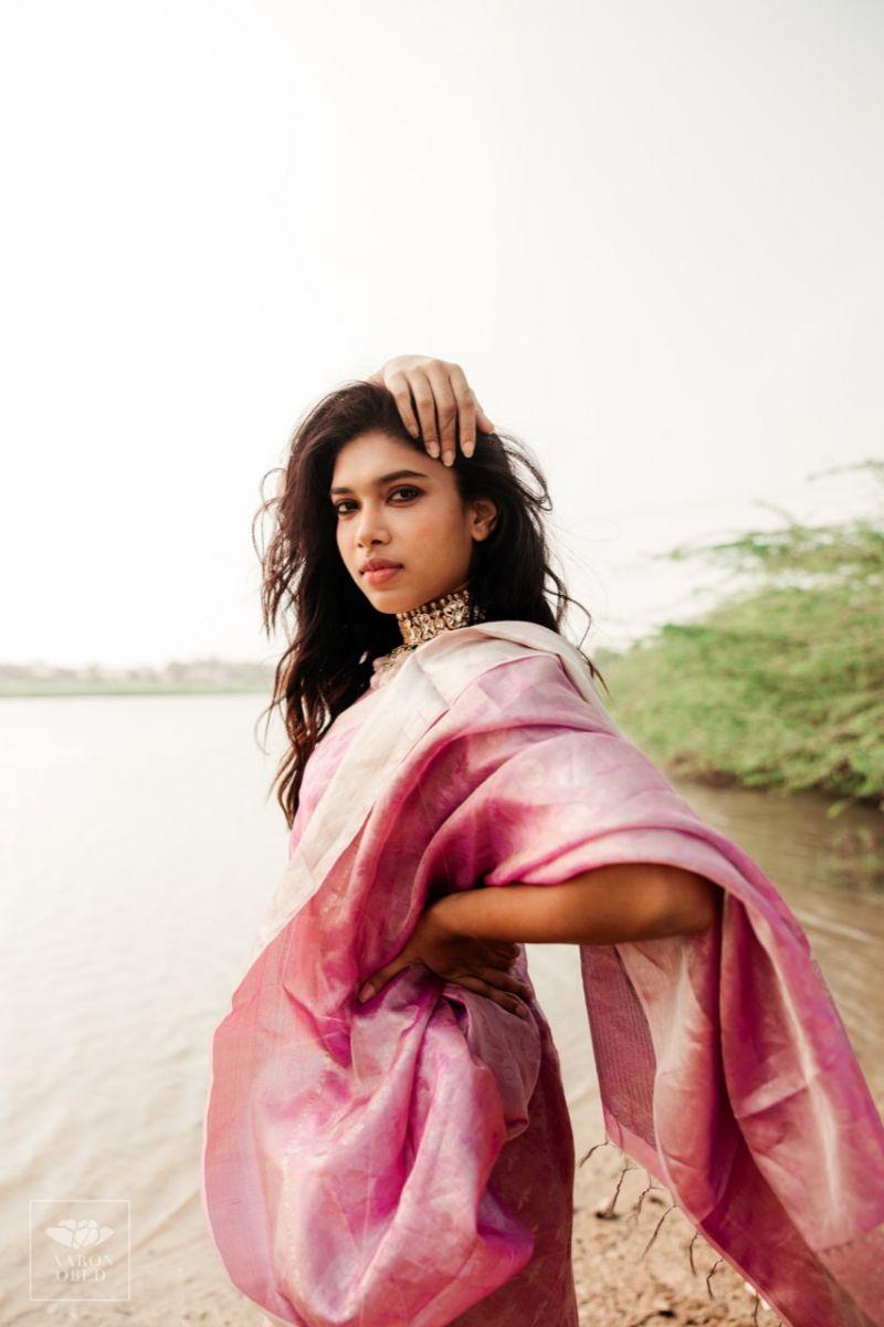 Actress-Dushara-Vijayan-3