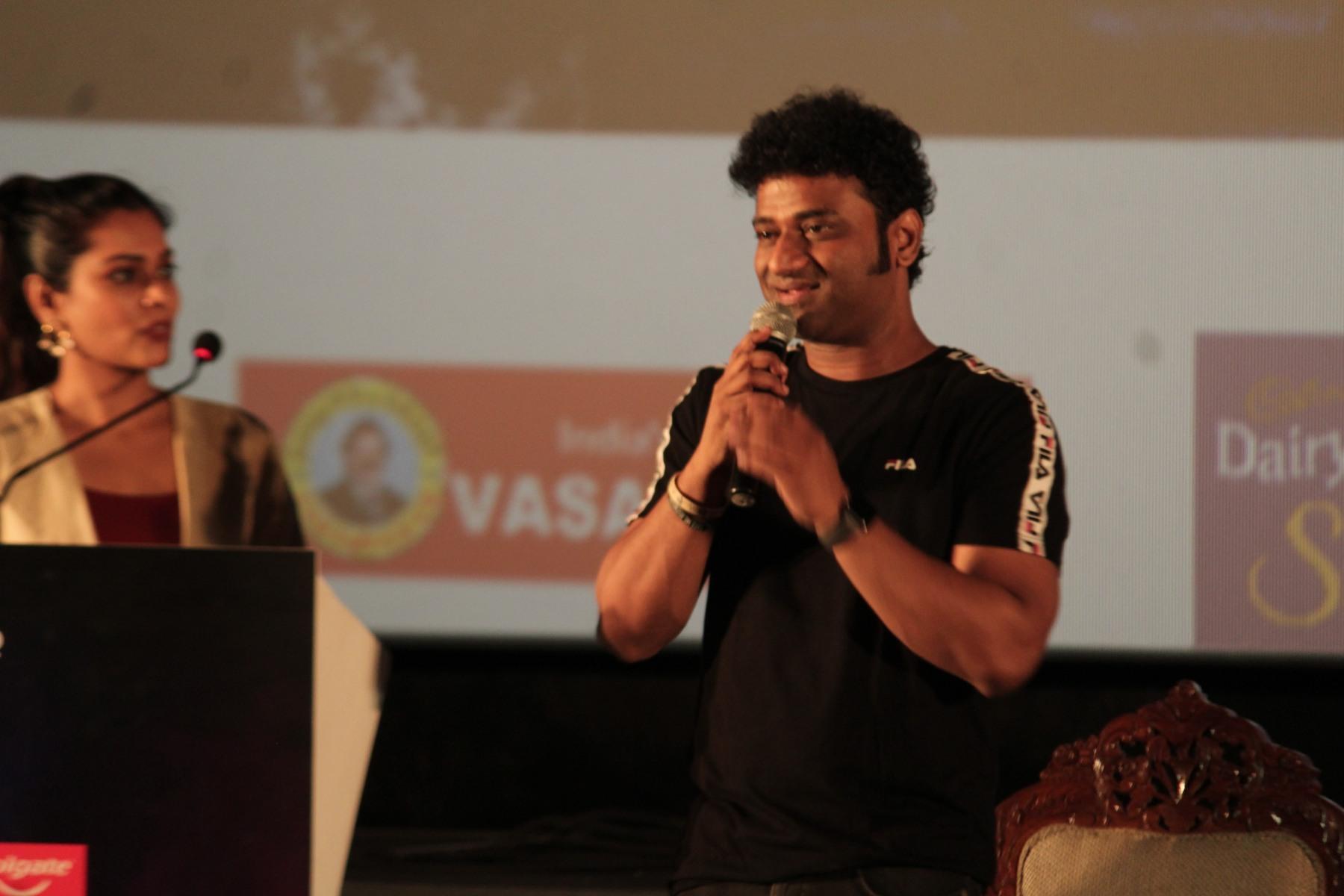 Rockstar-Music-reality-show-in-Zee-Tamil-28