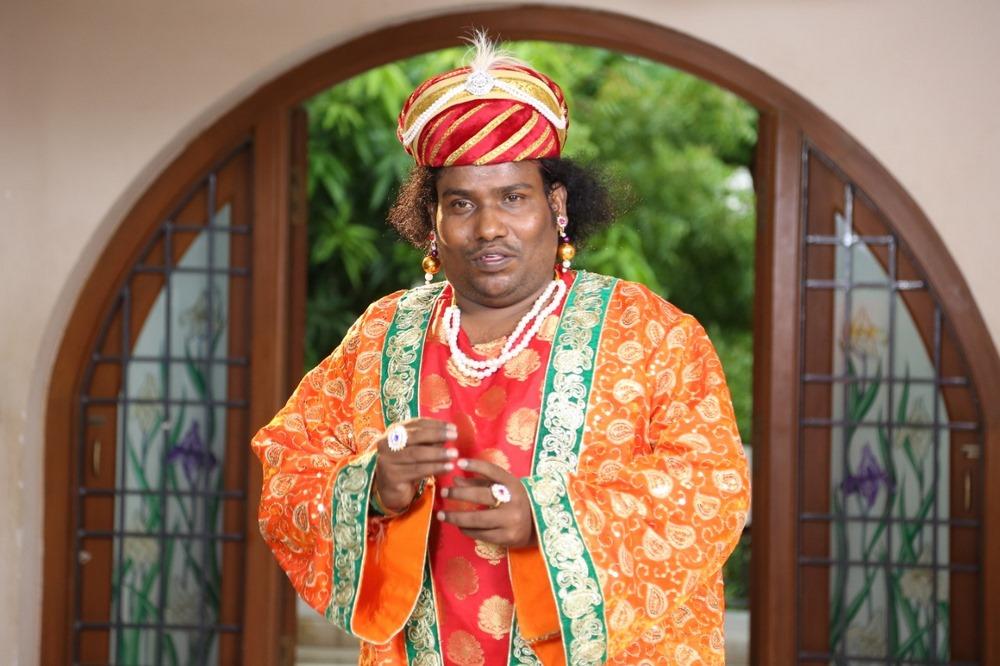 Kaavi Aavi Naduvula Devi Movie Stills